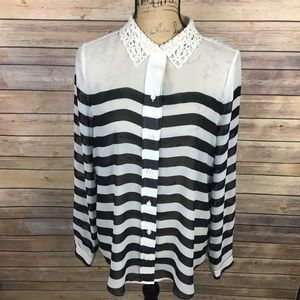 Lauren Conrad Sz Large Black White Stripe Blouse